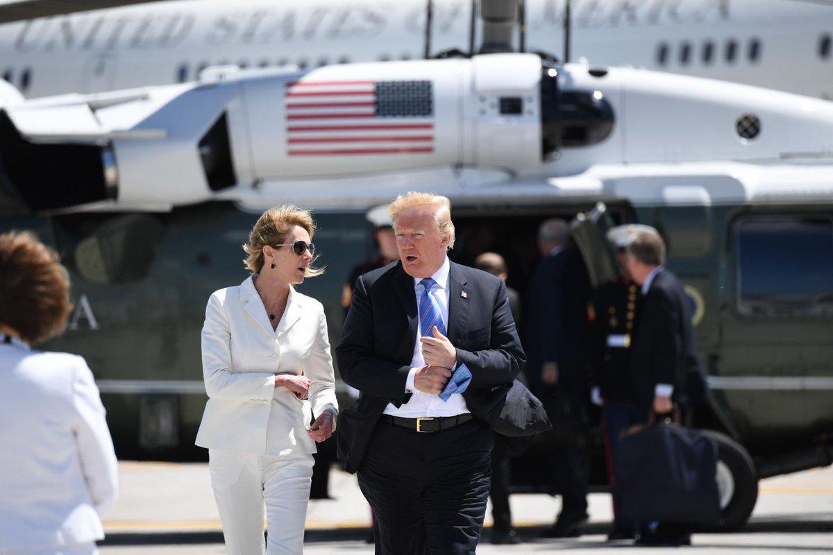 Who is Kelly Knight Craft? Donald Trump picks envoy to Canada as United Nations ambassador https://trib.al/YjFp4Bg