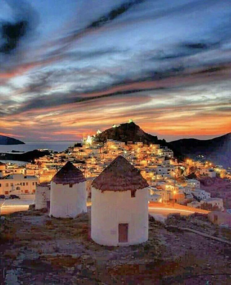 Spectacular photo oh #IOS #GreekIsland #Greece 💙
