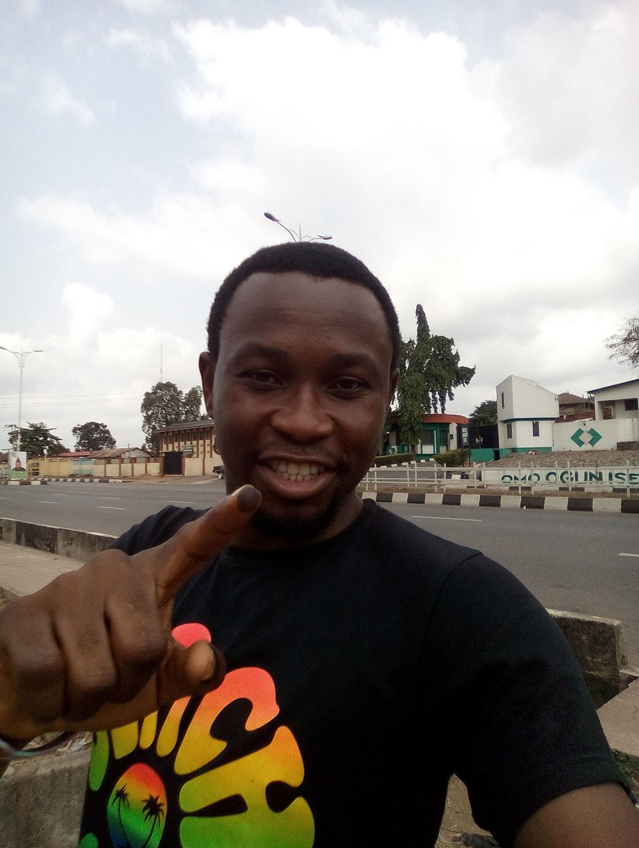 I just voted to Get Nigeria Working Again. #AtikuObi2019 @atiku lets go there<br>http://pic.twitter.com/5UiMhA0bLT