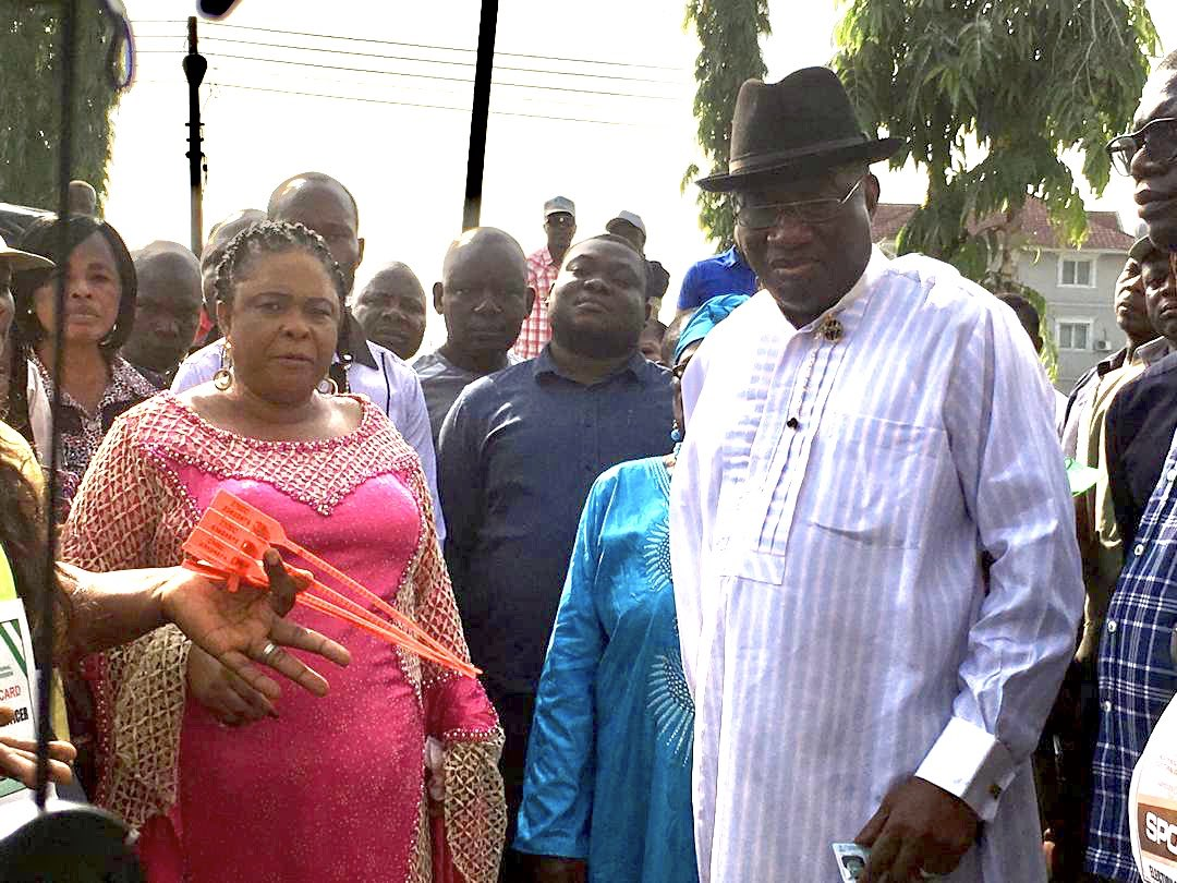 Former President @GEJonathan  has voted in Bayelsa state in the south-east of Nigeria.  He wouldn't say who he voted for and told reporters that his comments could be interpreted as campaigning. #NigeriaDecides2019