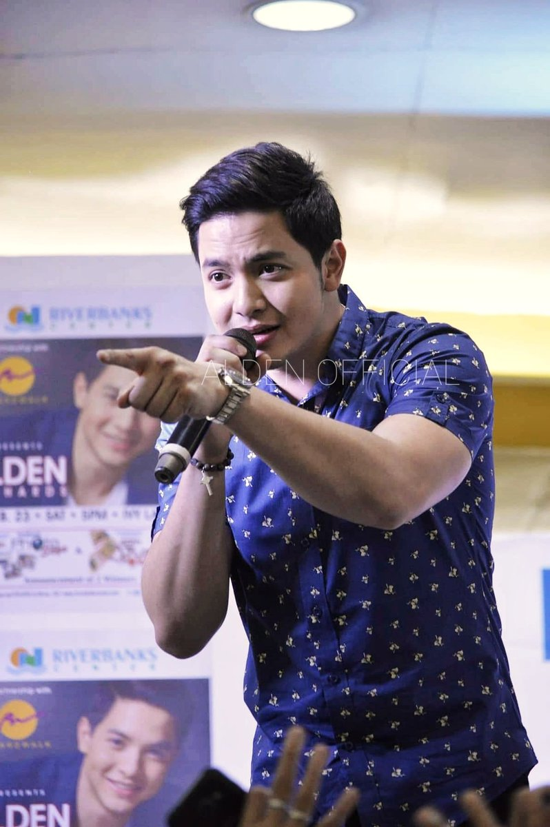 When he noticed and pointed at our AO mini-banners.   #AldenRichards | #ALDENatRiverbanksMarikina<br>http://pic.twitter.com/yatDWPXwWe