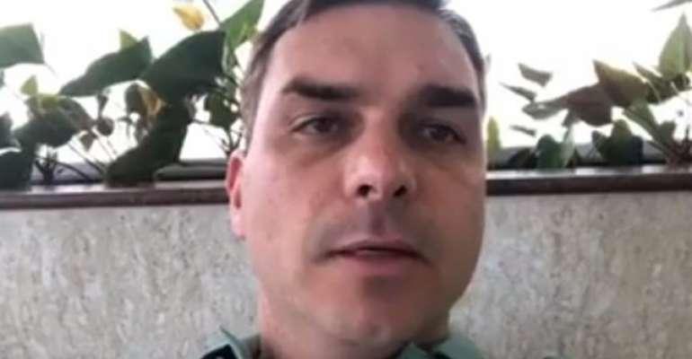 Receita vai investigar miliciano ligado a Flávio Bolsonaro https://t.co/0VnbVYnWc7