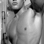 Image for the Tweet beginning: Pour l'amour des hommes #gays #beaumec
