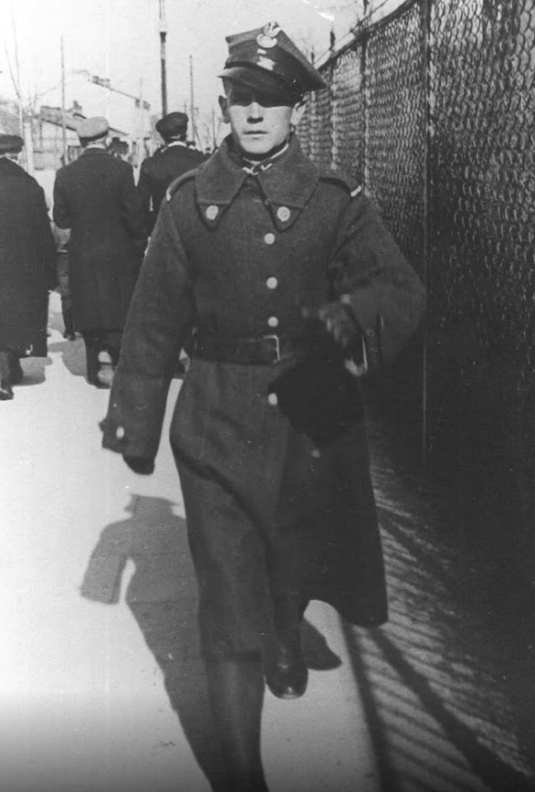 23 February 1914   Bernard Świerczyna was born, a Polish soldier, #Auschwitz prisoner, one of the leaders of the resistance in the camp. 3 days before his death at Auschwitz (30 Dec 1944) he wrote those words in cell 28 in Block 11 at Auschwitz I. <br>http://pic.twitter.com/lQ1zqgqKw2