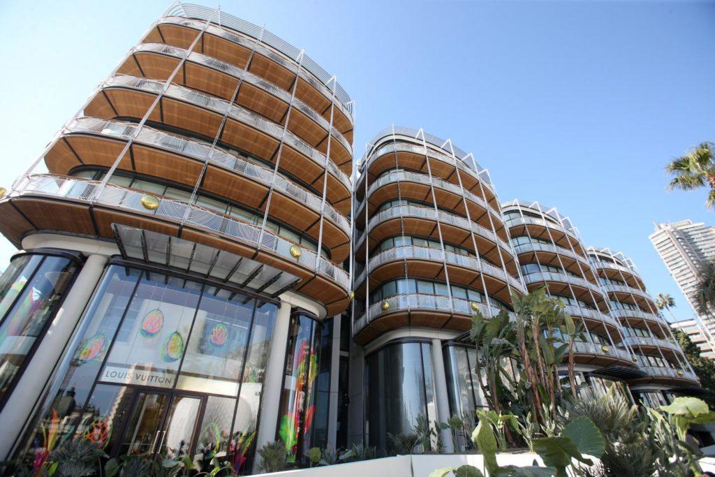 Княжеская семья Монако приняла участие в открытии нового роскошного комплекса в Монте-Карло
