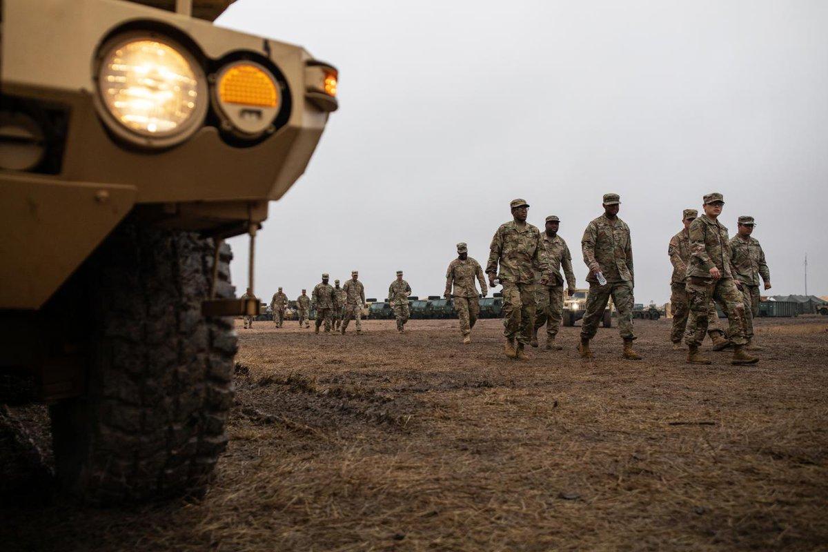 Trump administration order 1,000 more troops to U.S.-Mexico border https://trib.al/vf47BzQ
