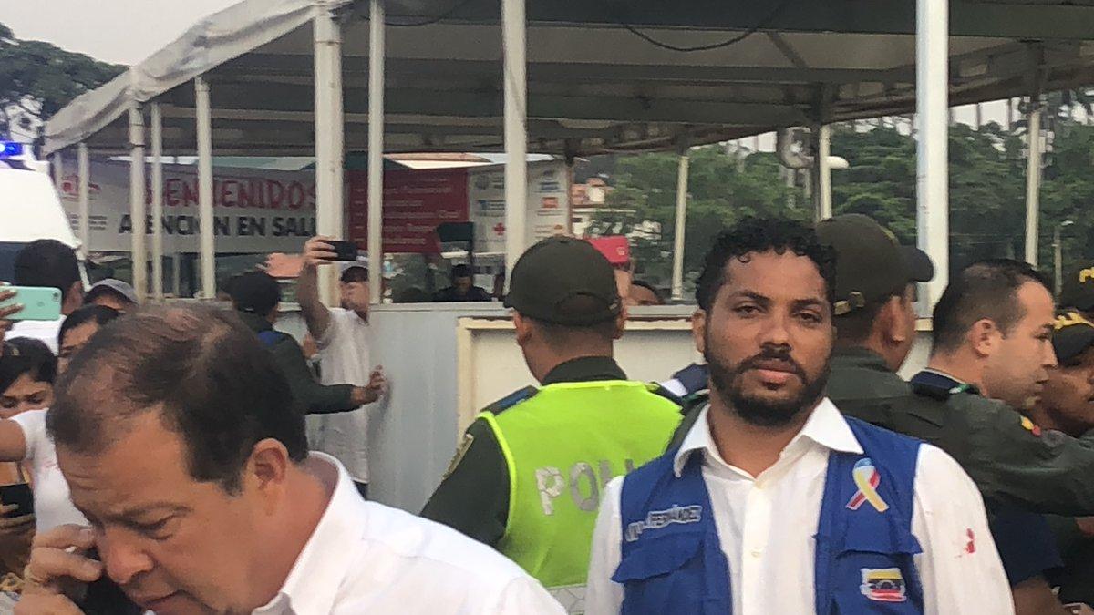 Maduro: Si algo me pasa, ¡retomen el poder y hagan una revolución más radical! - Página 8 D0GL30_X4AEsisj