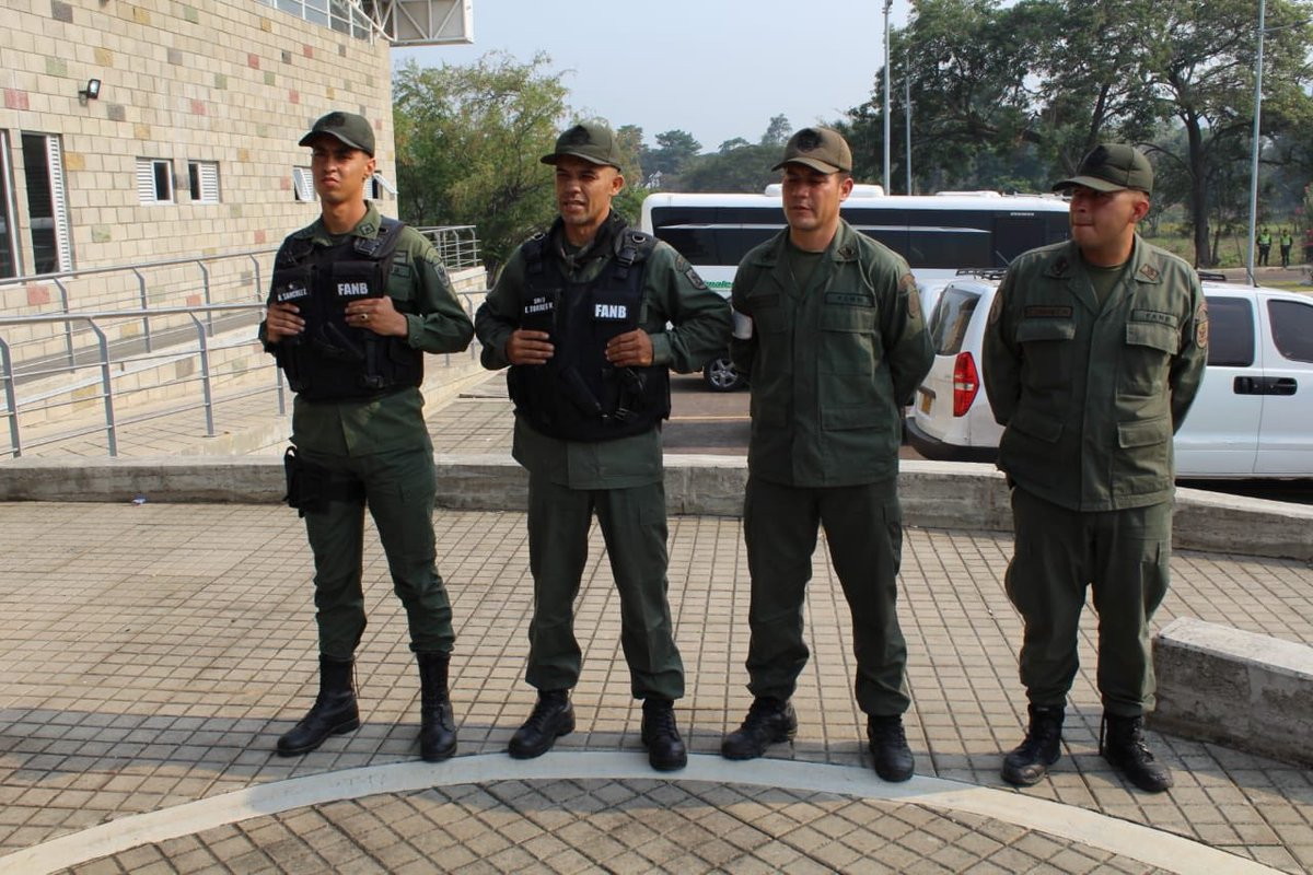 #Colombia's migration authority says these are the four #Venezuela National Guard that defected today amid the face off over humanitarian aid.