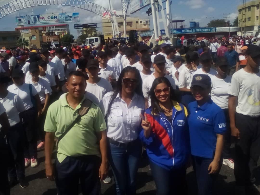 Maduro: Si algo me pasa, ¡retomen el poder y hagan una revolución más radical! - Página 8 D0GTmy_X0AA97nG