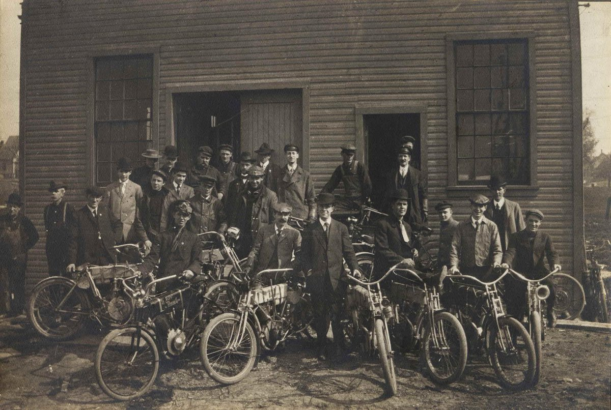 It all started with a few guys, a shed and a dream. Here is Walter Davidson posing with employees and 1908 model motorcycles in front of the #HarleyDavidson facility.  Follow @HDMuseum for more stories that showcase how the American dream came to life in #Milwaukee.<br>http://pic.twitter.com/wyzJcBB8fX