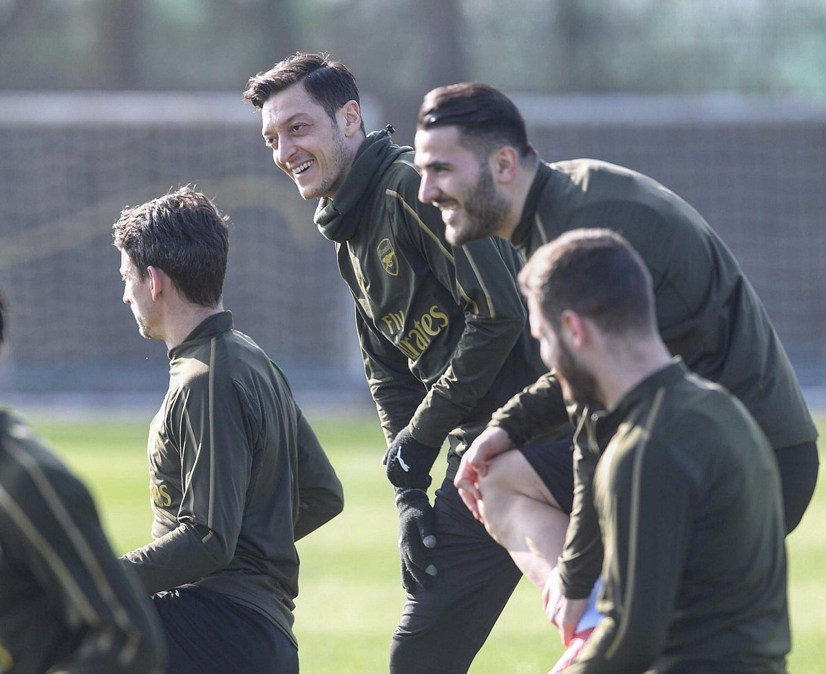 Current mood 💯 #teamspirit #WeAreTheArsenal  #COYG #M1Ö @Arsenal