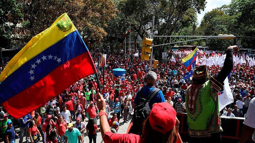 Maduro: Si algo me pasa, ¡retomen el poder y hagan una revolución más radical! - Página 8 D0GcslvWwAAT9oV