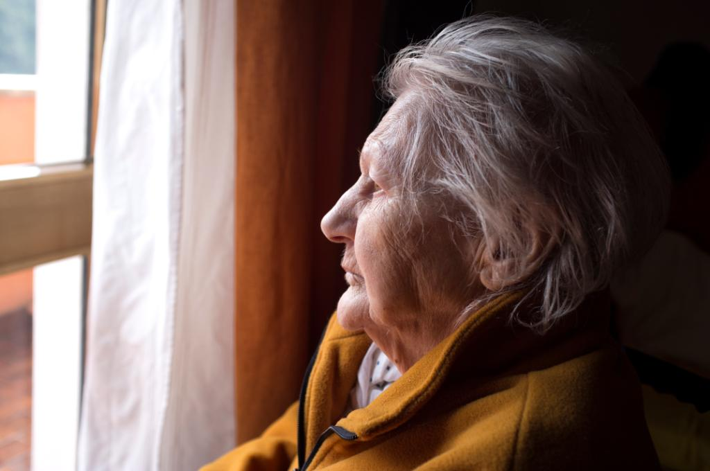 The Older Americans Act provides services like home-delivered meals and family #caregiver support to about 11 million older adults, but its current funding is woefully inadequate: http://spr.ly/6014EpDzw @LTSSpolicy