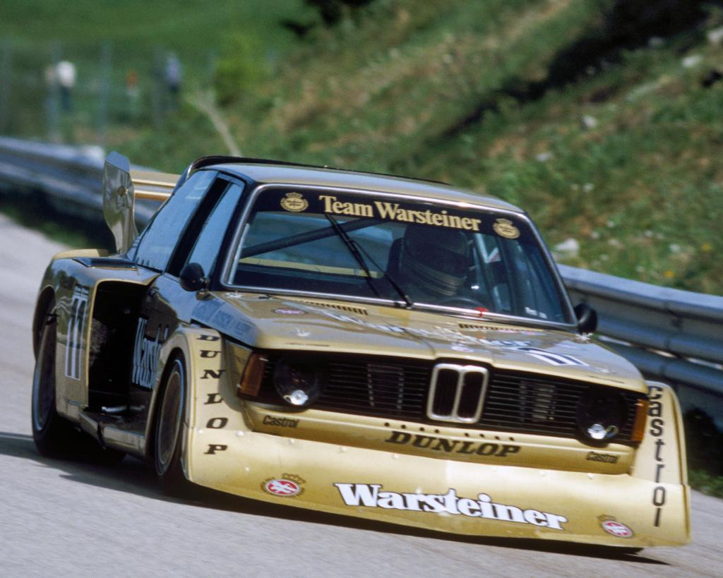 Bmw Group Classic On Twitter Black And Gold A Bmw 320 Group 5 In 79 Doing What It Does Best Photo Ferdi Kraling Bmwgroupclassic