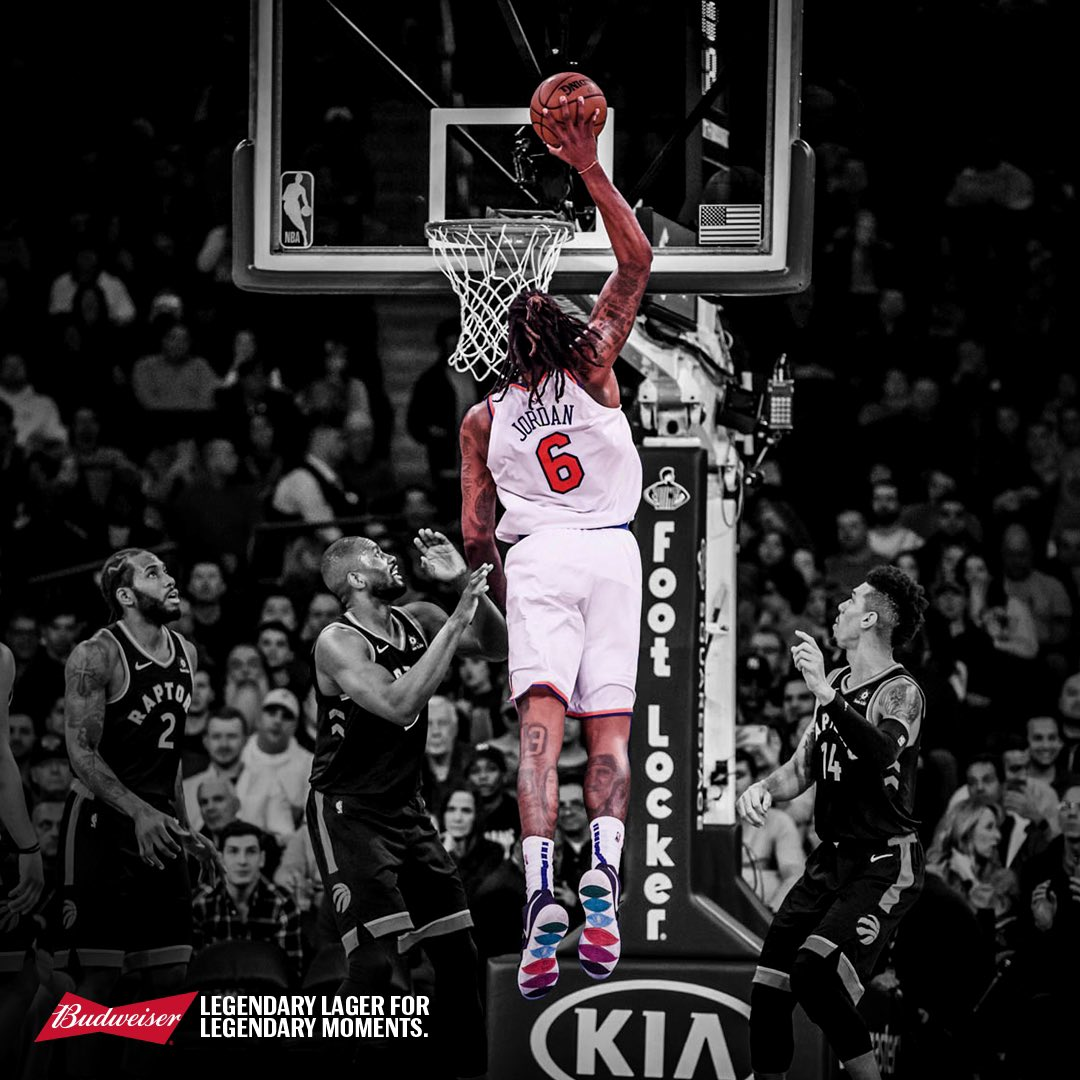 .@DeAndre recorded his 300th career double-double making him only the 11th active player and 89th all-time to achieve the milestone #LegendaryMoments @budweiserusa