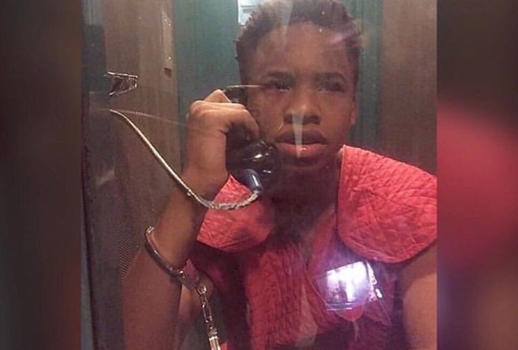 New photo of Tay K wearing a Suicide Prevention Suit in jail <br>http://pic.twitter.com/TY4o3JDLxR