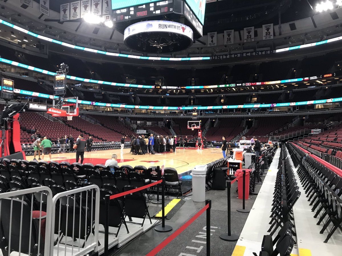 Soon with the basketball. On the #Bulls beat tonight as they take on the #Celtics. Last time I covered these two it was the worst loss in Bulls history. Let's see wha happens tonight, eh?