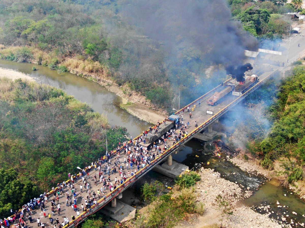 UPDATE One of the humanitarian aid trucks has just been lit on fire on the Francisco de Paula Santander bridge between Colombia and Venezuela. Our WCK team is safe in Cúcuta and not on the bridge. #Venezuela #AyudaHumanitaria