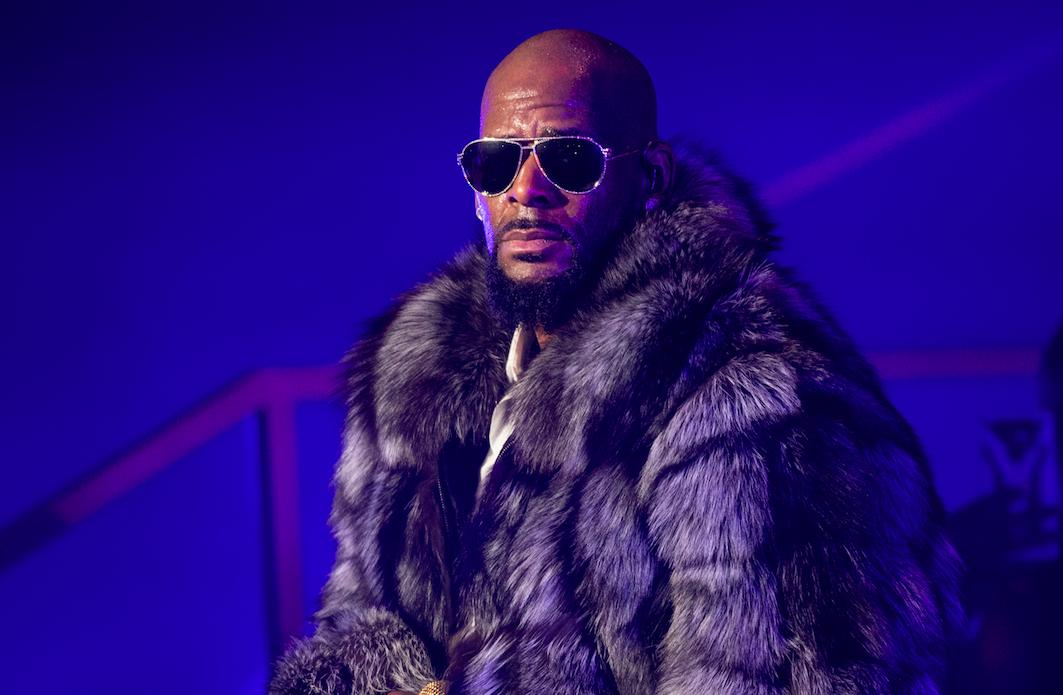 BREAKING: R. Kelly's bond set at $1,000,000.  The singer is facing up to 70 years in prison for sexual abuse charges. Details to come.