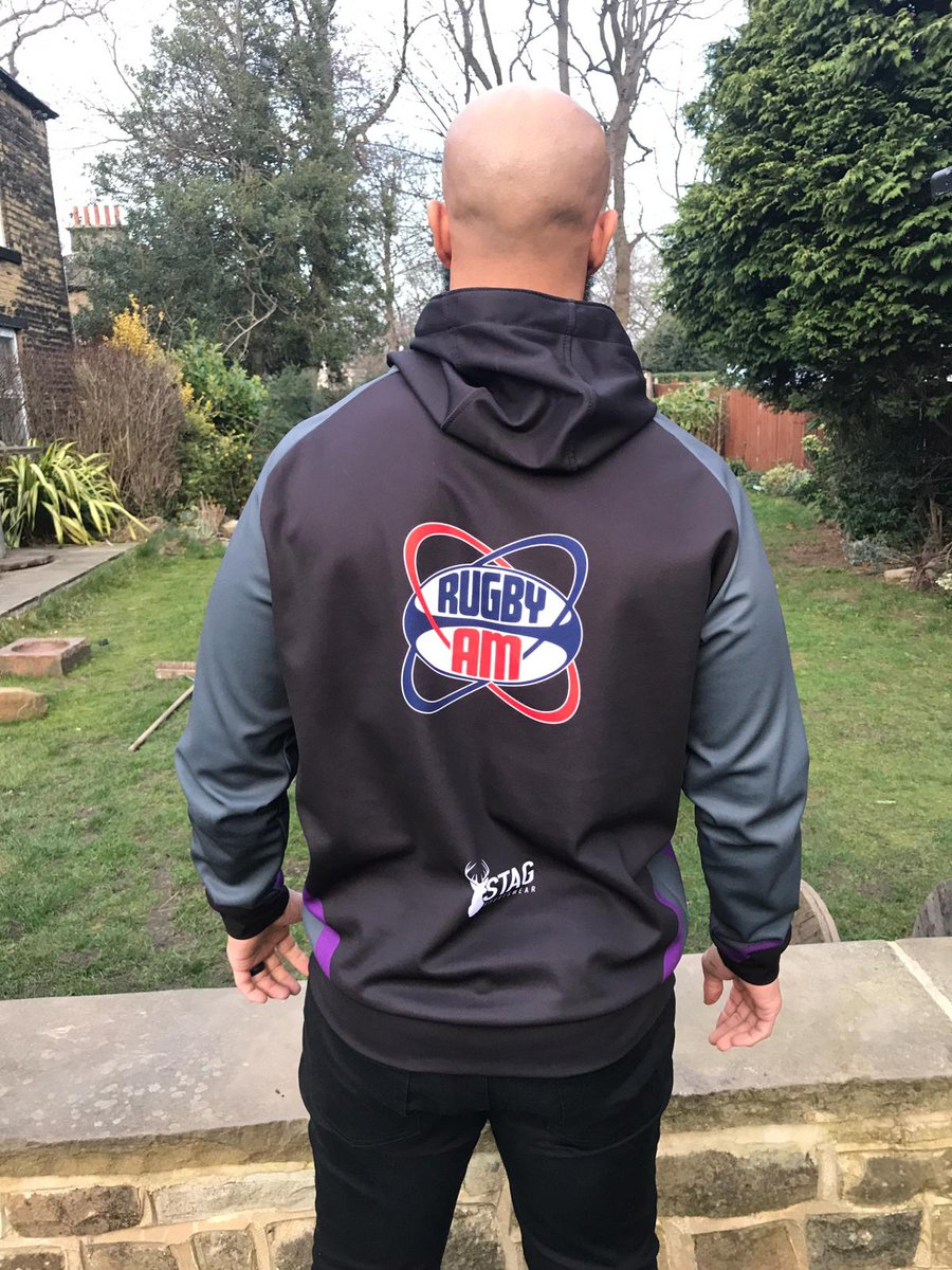 Competition Like the new RugbyAM hoodie? Follow our page, like this post and retweet it and you will be in with a chance of winning one. Good luck. #competition #free<br>http://pic.twitter.com/2vqTwYHzNg