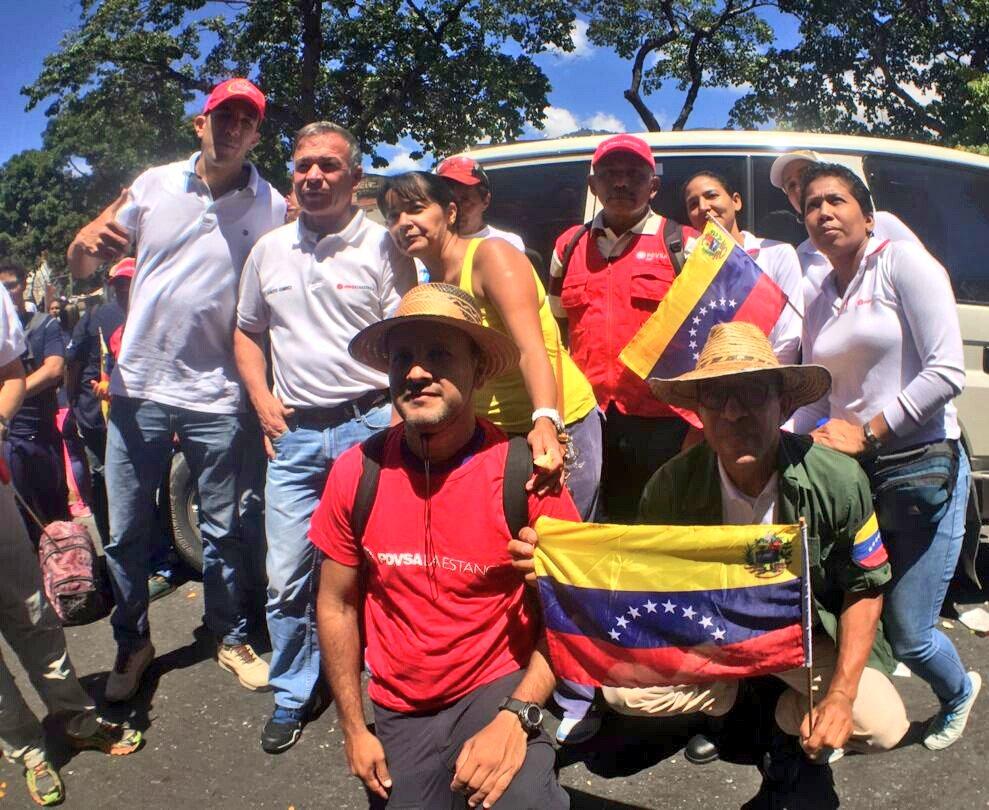 🇻🇪Pdte. @NicolasMaduro: En Venezuela va a triunfar la paz, la soberanía y acumularemos victorias parciales. Estoy seguro de ello, lo veo en sus ojos y lo veo en el pueblo.  #VenezuelaEnDefensaDeLaPaz