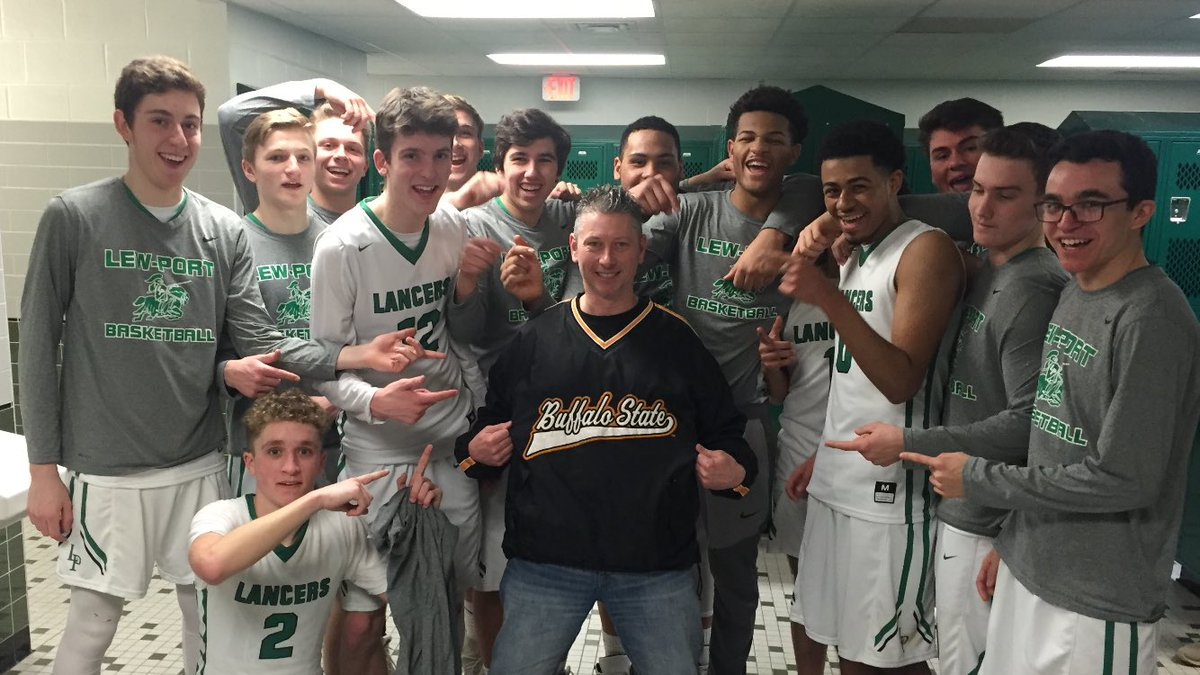 Hey Lew-Port, you just beat Health Sciences in the Section VI Class A2 Quarterfinals.   Where you headed now?  #BuffState<br>http://pic.twitter.com/tXGlNQ3ORm