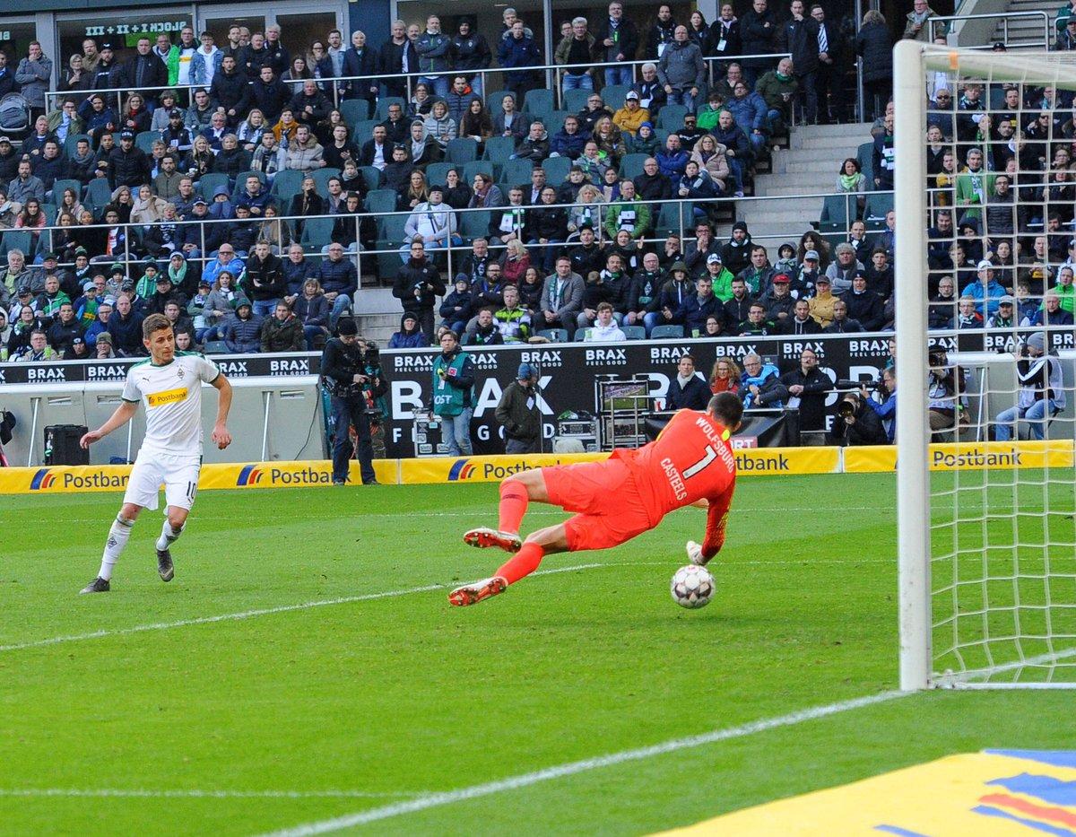 Strong team performance today! 💪🏼💪🏼💪🏼  +3 ✅ #VfL #auswärtssieg #einteam