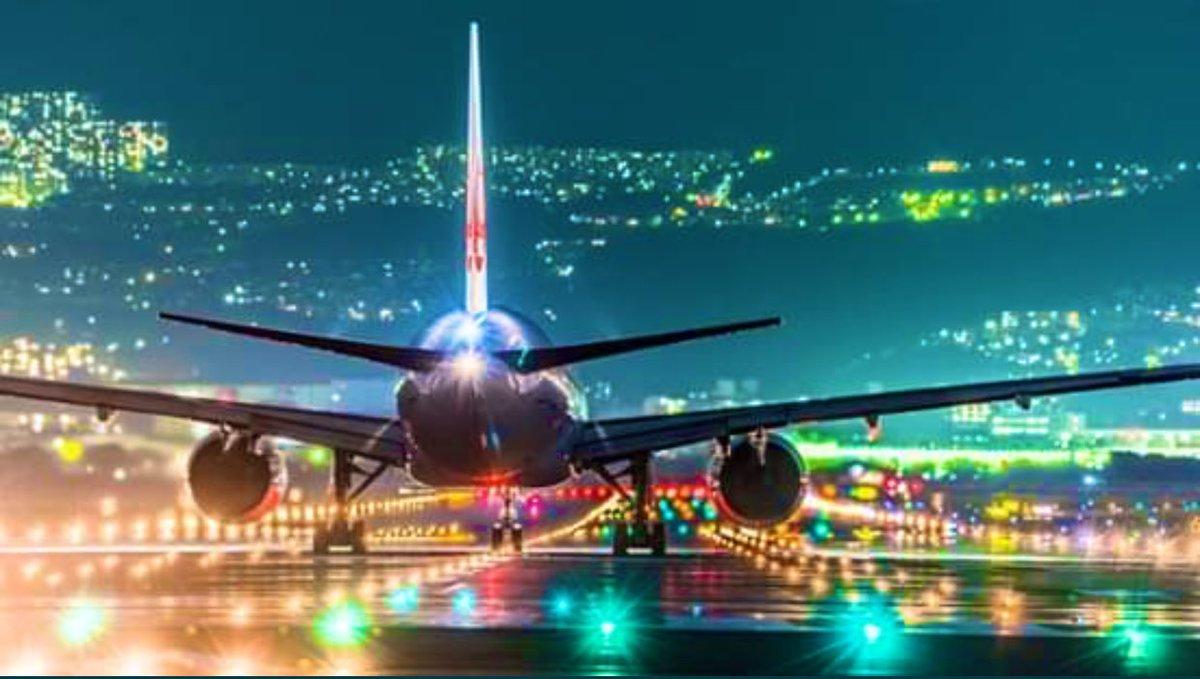 الحياة تشبه المطار .. قد نجتمع به ولكن بالنهاية لكل واحد منا رحلته الخاصة .....🤷🏻♂️💌🦋💕📸🎞📽