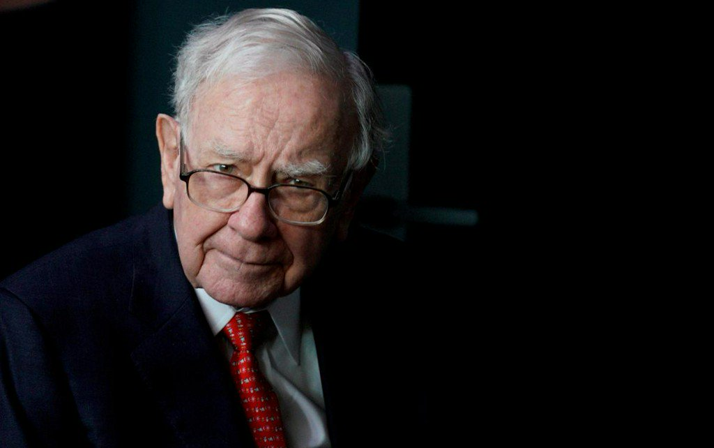 In a shift, Buffett says focus on Berkshire's stock price https://t.co/EHSBOT7rQD