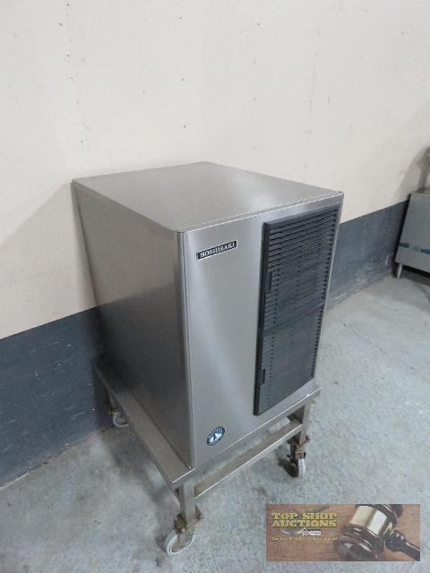 """Hoshizaki 22"""" Sline Line Series 517 Lb Stainless Steel Air-Cooled Crescent Cube Ice Machine, Includes Drain Pump Kit. BRAND NEW! 👉 Sale Ends Wednesday, Feb 27th @ 8:00PM CST #TopShopAuctions #StLouis #Auction #Restaurant Pics & Price 🌐 http://bit.ly/NEWFoodSvcEquip"""