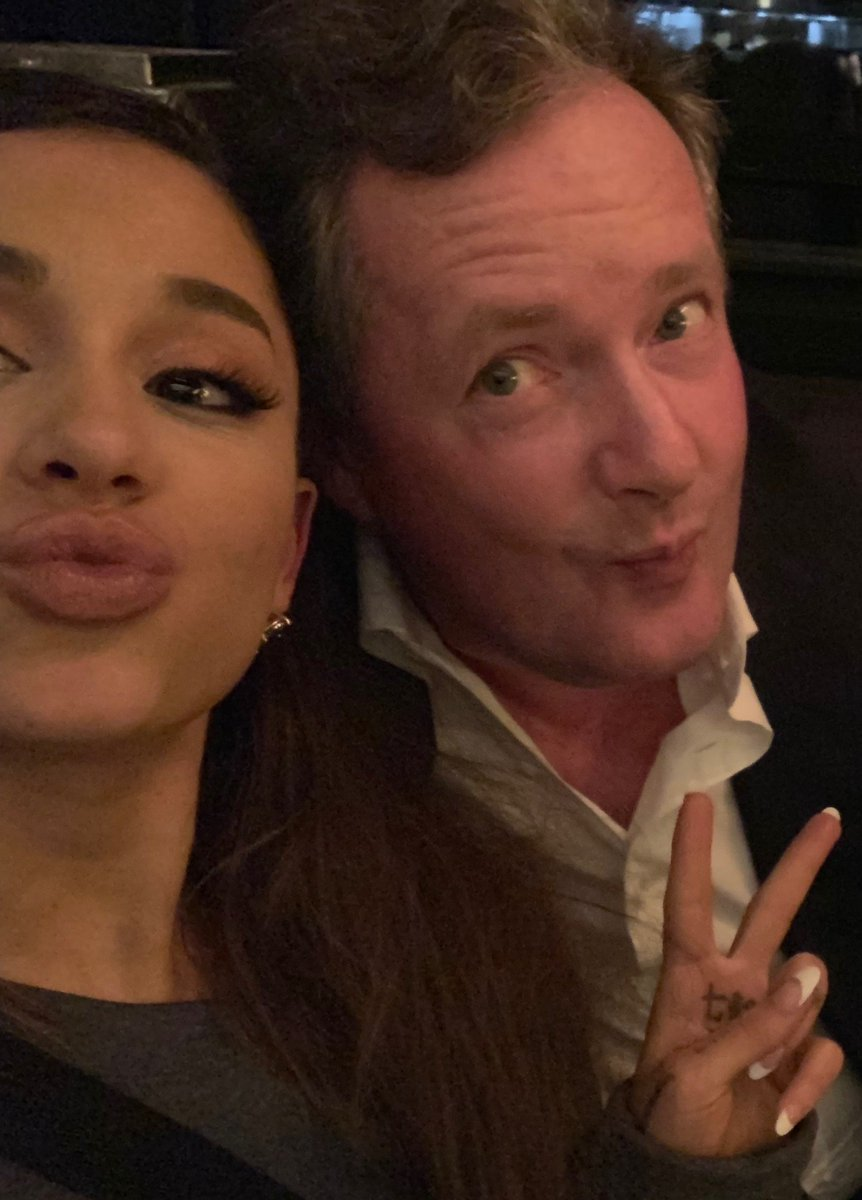 *WORLD EXCLUSIVE* In the Mail on Sunday, my extraordinary 2-hour restaurant chat with the world&#39;s biggest pop star @ArianaGrande. Tears, laughs, jibes, drinks &amp; a ferocious debate about feminism.  And it all ended in a.....hug.   https:// dailym.ai/2tyN7lL  &nbsp;  <br>http://pic.twitter.com/bNruVKEEQO