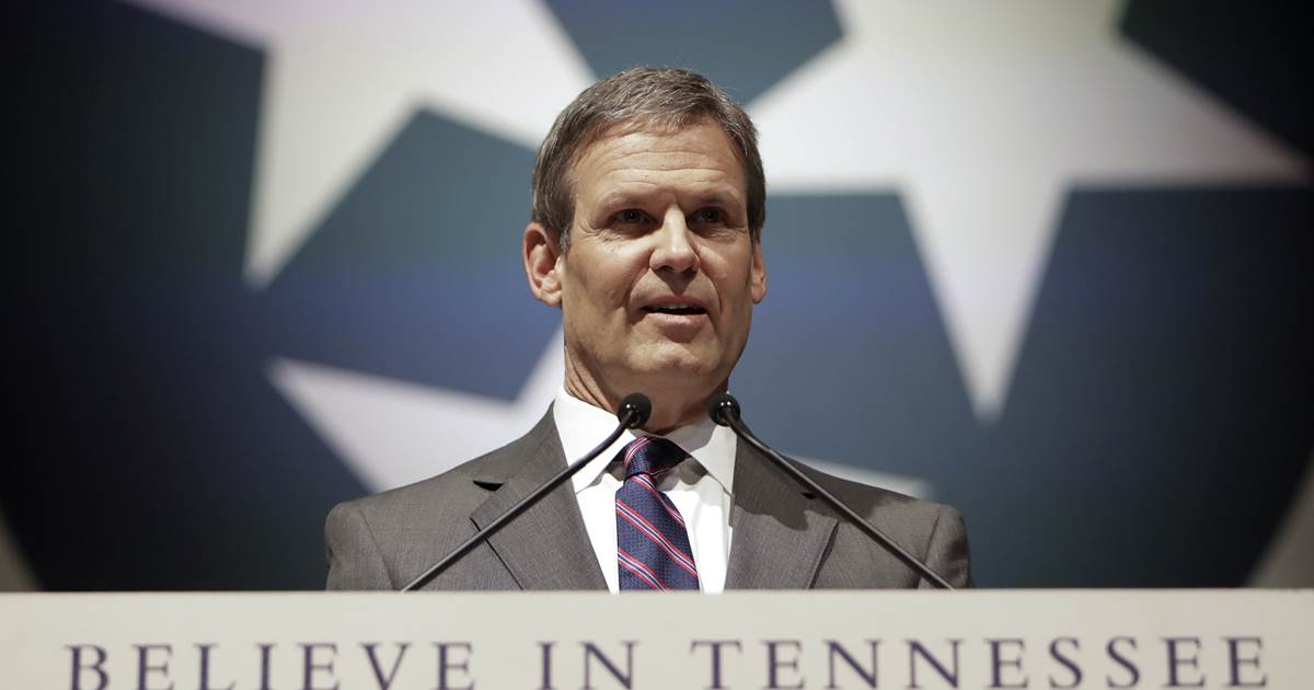 Tennessee Gov. Bill Lee regrets wearing Confederate uniform in college https://t.co/a7hCM4TYn9