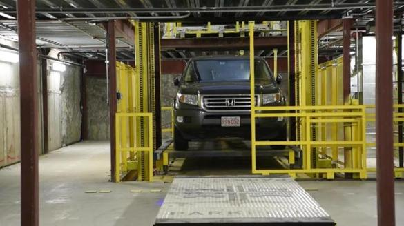 The #robots have taken over at this downtown garage - The Boston Globe http://dlvr.it/QzY4Wd #boston