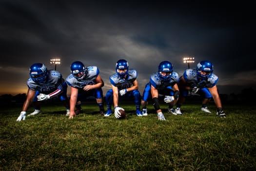 #NFL Awards $50K to 3 Startups To Develop Safety #technology http://dld.bz/fxuwq #entrepreneur