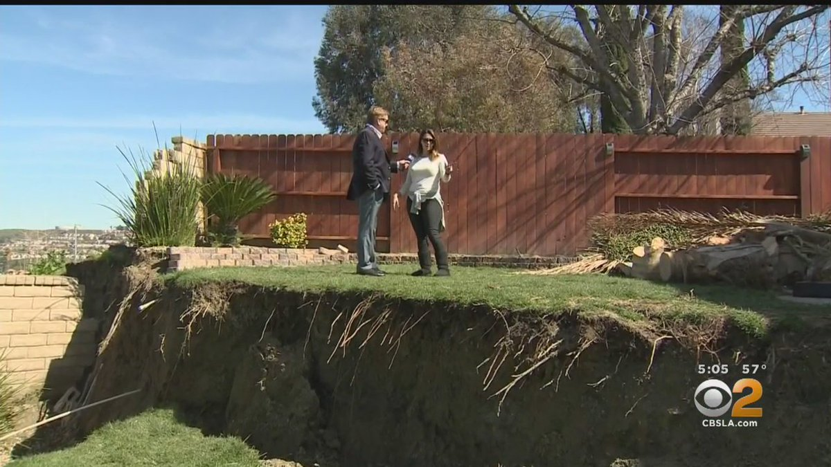Canyon Country homeowners continue to fret over sliding hillsides. https://t.co/QZHjvF7kQR