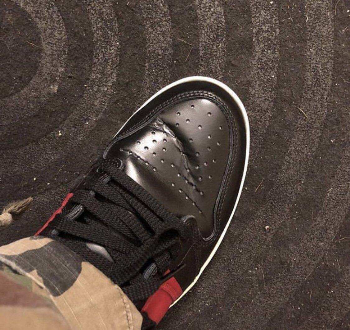 Air Jordan 1 couture. @SneakerSt