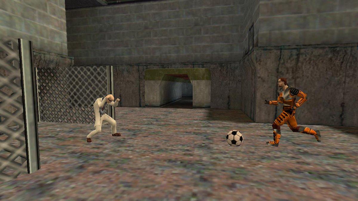 Half-Life Soccer