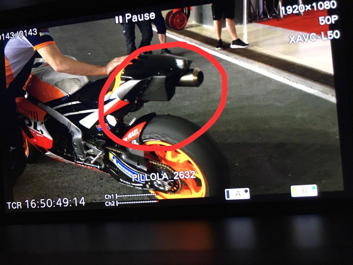 MOTO GP TESTS 2019 - Page 4 D0L9xD5XQAEGmPN
