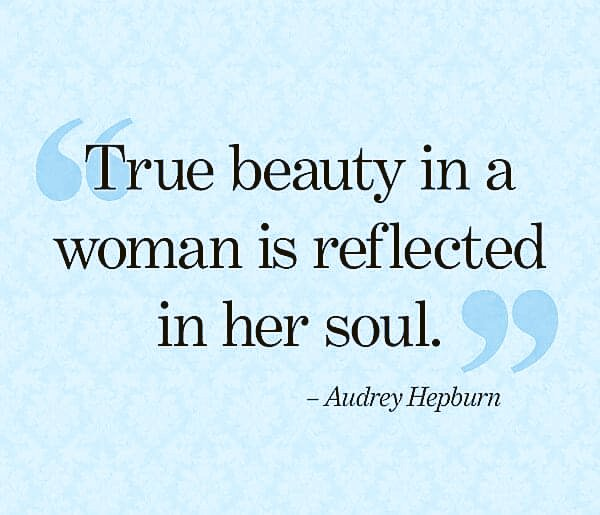 """To my sisters everywhere...  """"Let your inner #beauty out shine your outer beauty."""" ~ Patrina Freeman a.k.a. @FaithFocused_   #ThinkBIGSundayWithMarsha #quotestolive #quote<br>http://pic.twitter.com/YlDIVcq20I"""