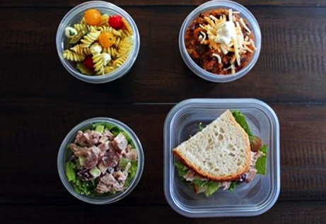¡3 almuerzos para tu familia! #EsteJourneyJuntos http://spr.ly/6019EpTWL
