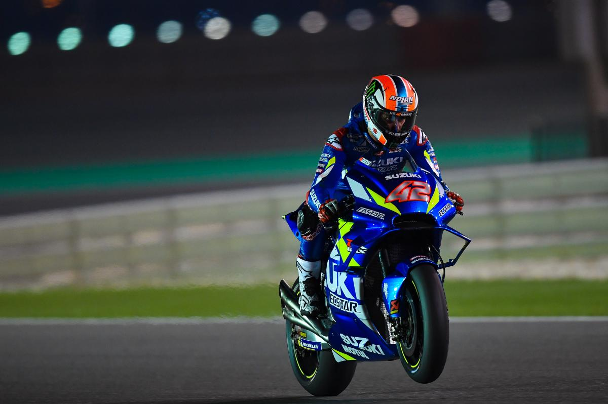 Pebalap Suzuki Alex Rins tampil tercepat dalam sesi tes pramusim MotoGP 2019 hari kedua di Sirkuit Losail, Qatar.