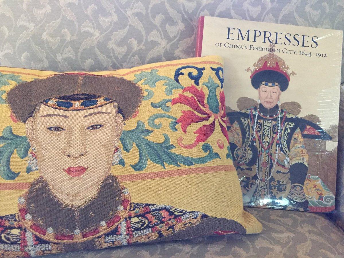 buy Remnants of Empire in Algeria and Vietnam: Women, Words, and