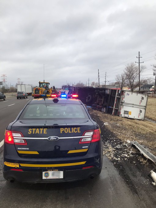 Empty tractor trailer violates ban and blows over on Thruway in WNY