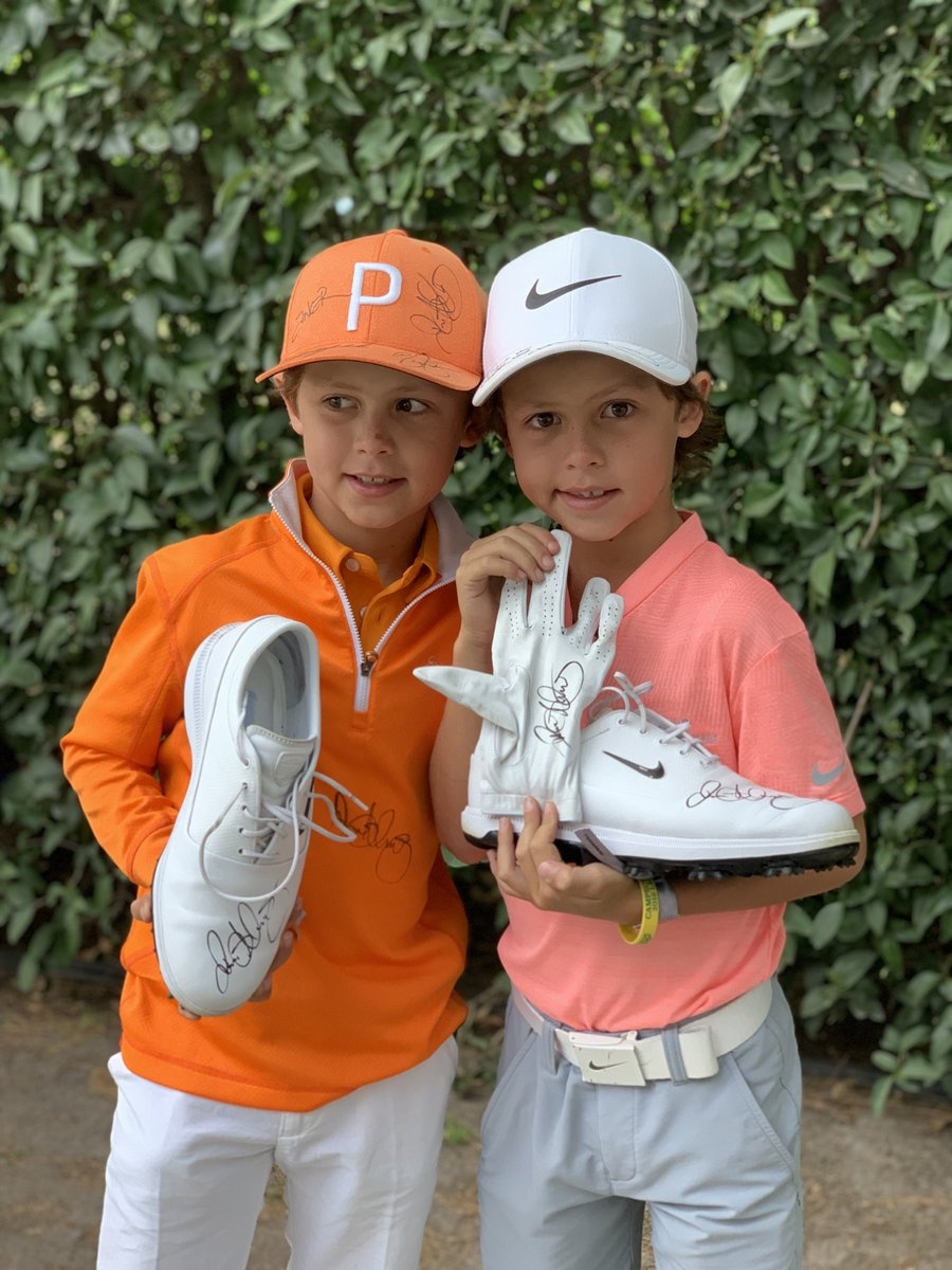 Pga Tour On Twitter A Young Fan Dressed Like Mcilroyrory Was In Tears After He Finished Runner Up Rory Took Him And His Brother To The Locker Room And Gave Them Signed Shoes