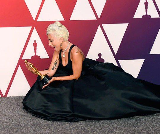 4 - Lady Gaga - Σελίδα 39 D0OqKTqWsAAu0xf