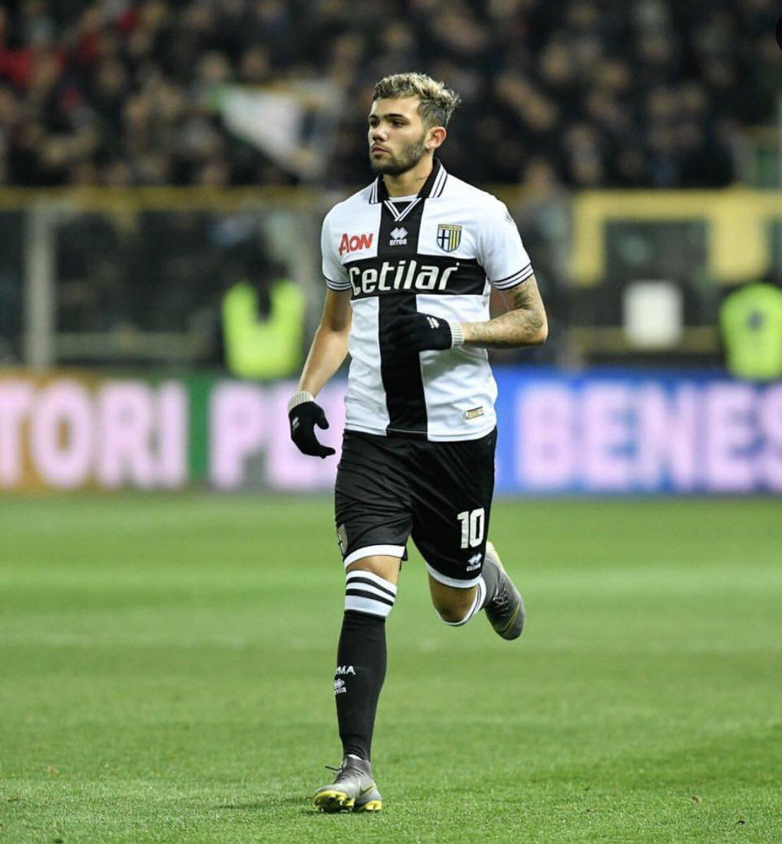 """Matías Cruz 🇺🇾 on Twitter: """"Nicolás Schiappacasse con la número 10 debutó  en Parma frente a Napoli ingresando al minuto 78 de partido.… """""""