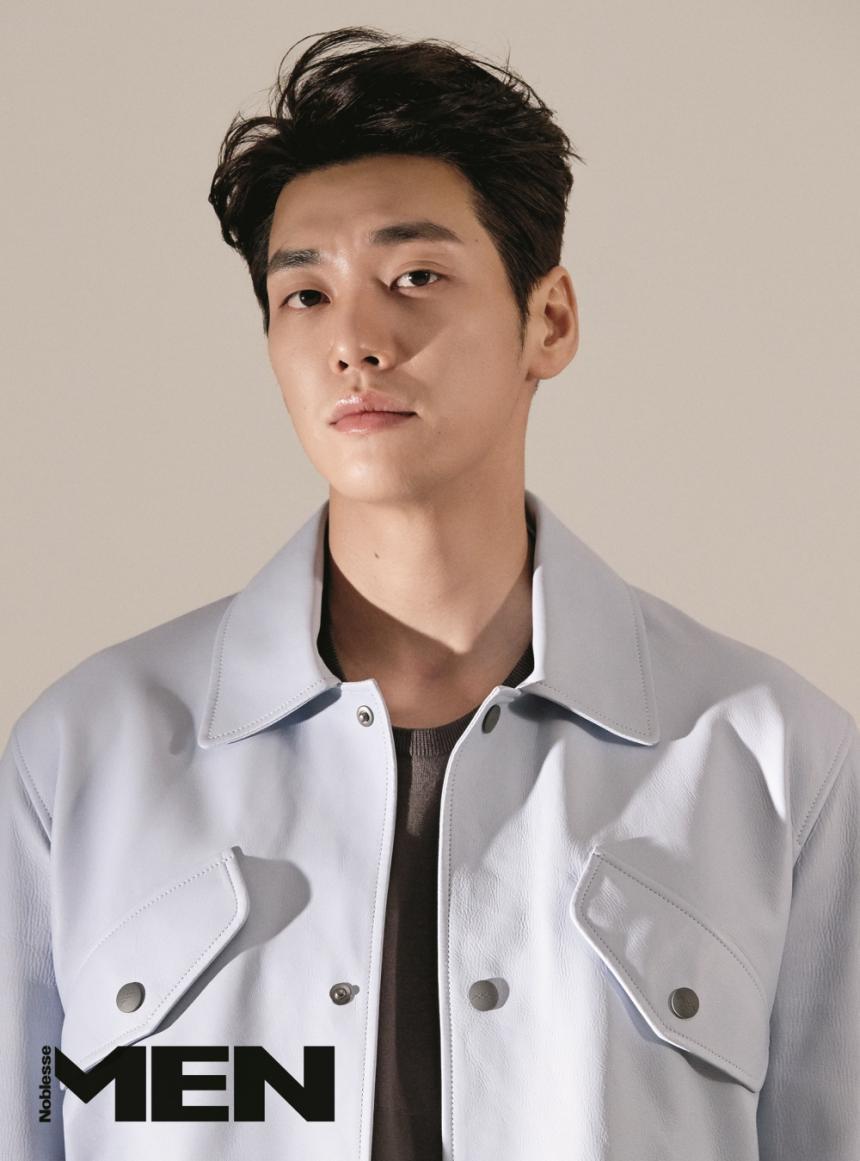 Hasil gambar untuk kim young kwang