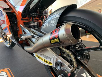 MOTO GP TESTS 2019 - Page 4 D0QJvzFX4AAODW1?format=jpg&name=360x360