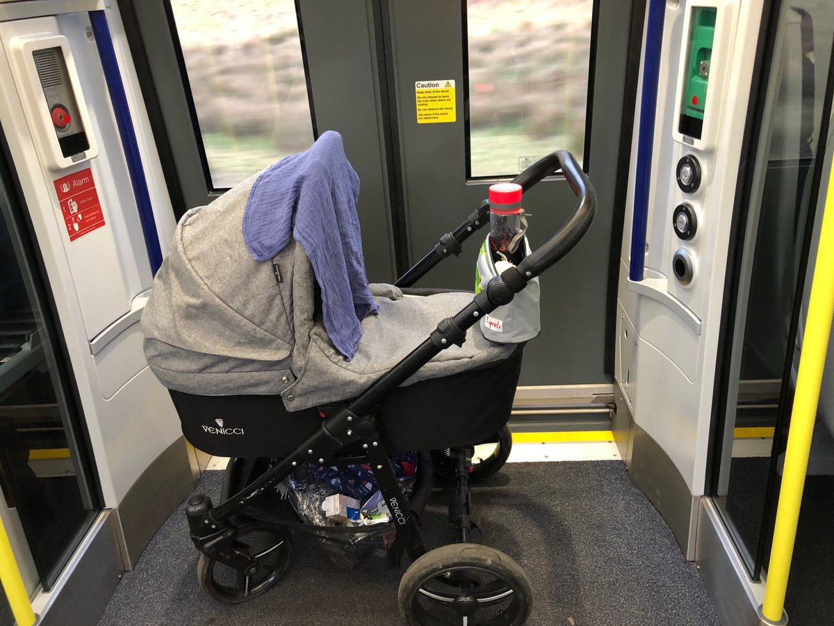 """@ScotRail is there a magic place for prams on the train? If not, I miss the wee flippy seats that would be at the doors to prevent my legs from turning to stone. Also, as an aside, the """"accessible"""" route at Croy station for platform 1 is totally guff. #prampals #trainmum https://t.co/gWNRILMSFy"""