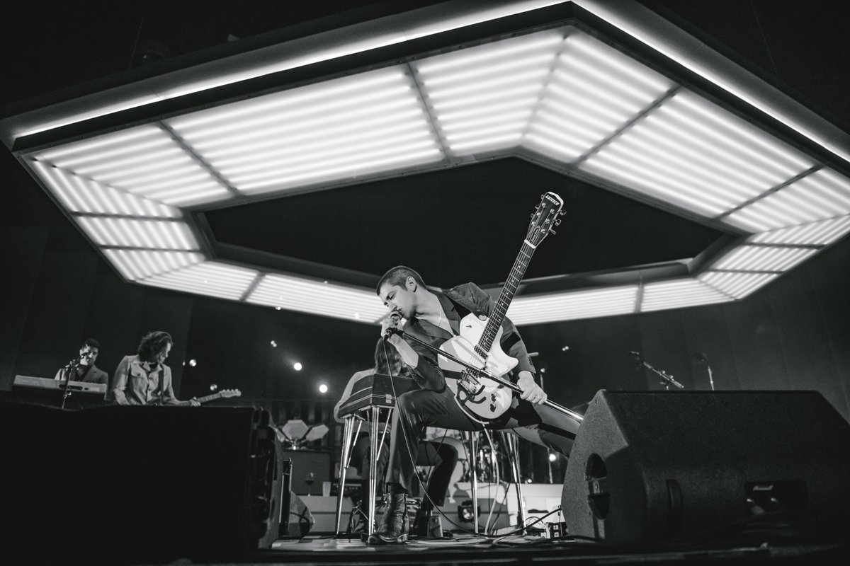 Listen to the Arctic Monkeys Essentials playlist on @AppleMusic here: https://t.co/U7wz7v3YMP https://t.co/so3CCTIk0x